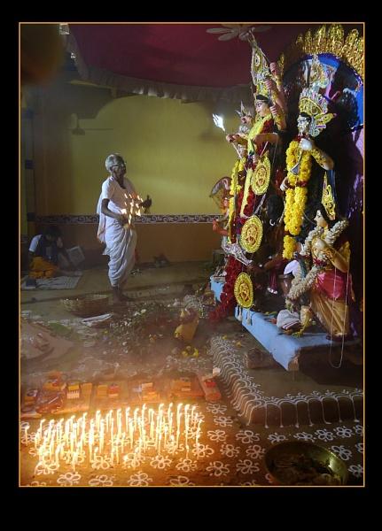 The Puja begins by prabhusinha