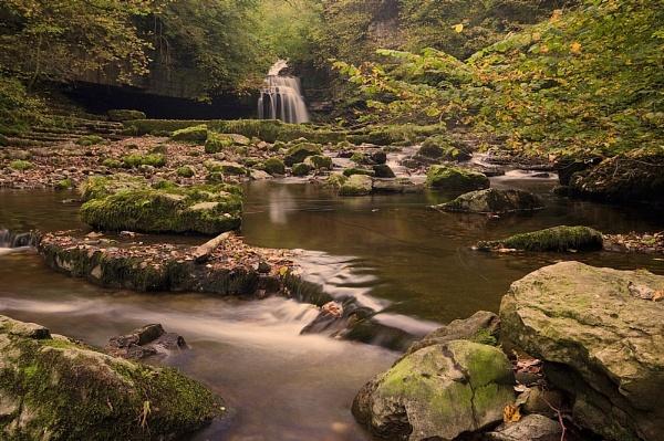 Cauldron Falls Autumn III by Warriorpoet