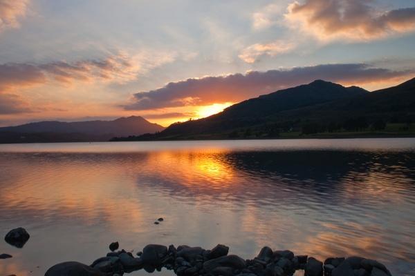 Loch Venechar Sunset by iainglennie
