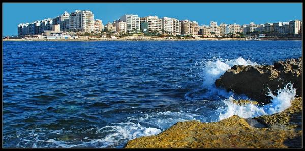 Malta Skyline by Andrew_Hurley