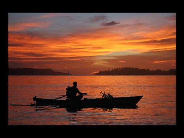A Gangga Sunset by pennyspike