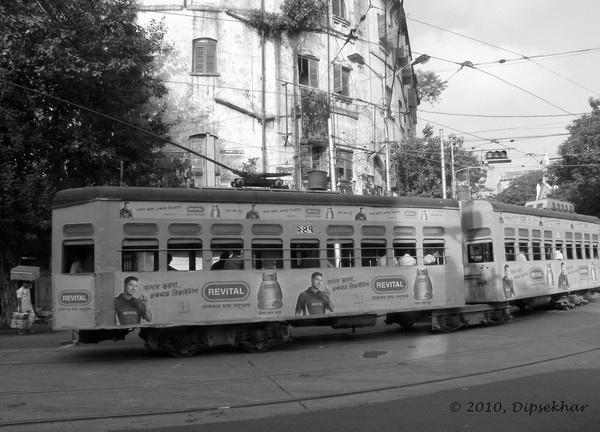 Kolkata Tram by dipsekhar