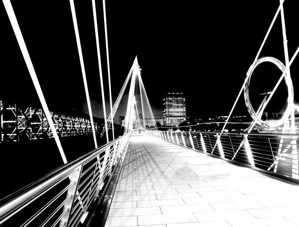 Hungerford Bridge by petach