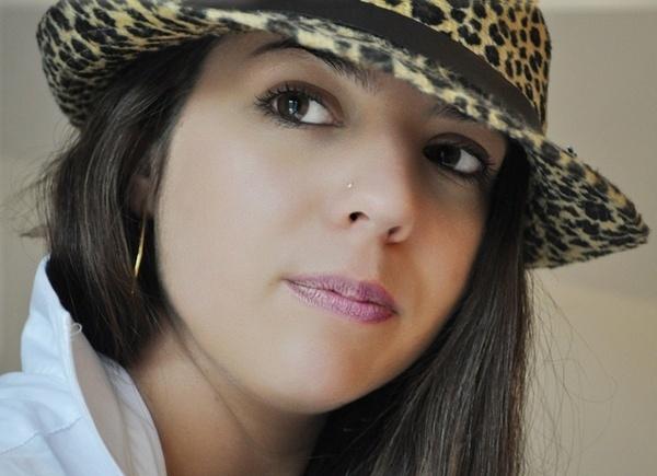 Sarah by RoxyMoo