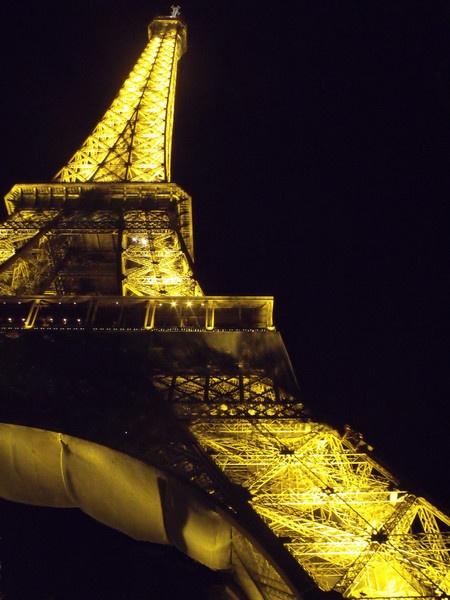 Eiffel Tower by Rach_s