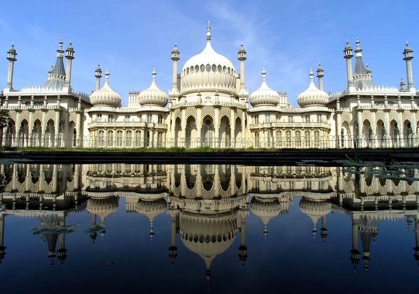 Brighton Pavilion by ShaunHamblin
