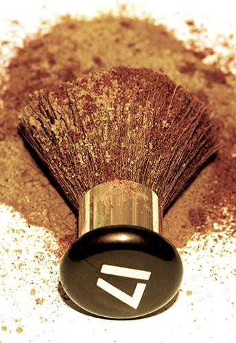 Nº17 brush by photoworks