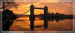 Dawn at Tower Bridge
