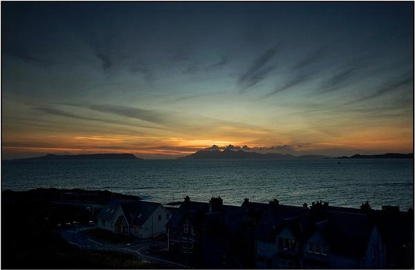 Sunset/Sunrise by porty2003