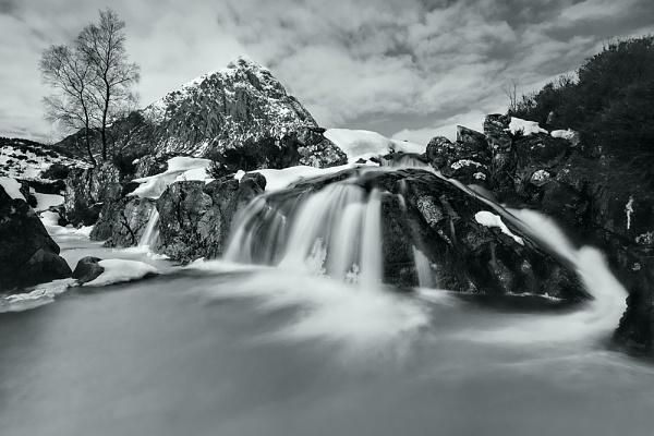 A Mount Looms by cdm36