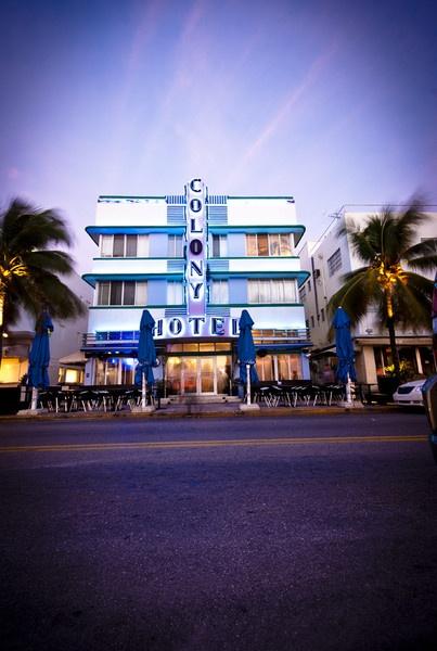 Miami by lloydee
