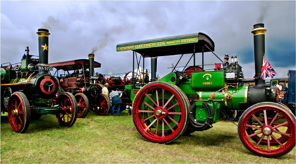 Traction Engines by Hoffy