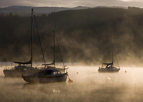 Misty sunrise by Snapper