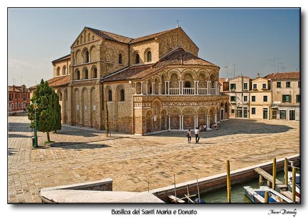 Basilica dei Santi Maria e Donato by TrevBatWCC