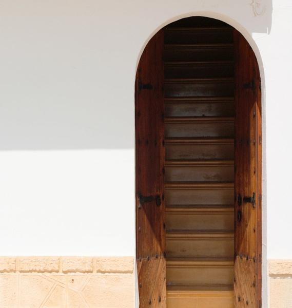 Stairway to heaven? by glenheg