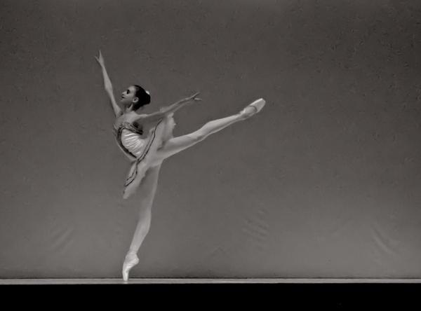 Dance by ani84