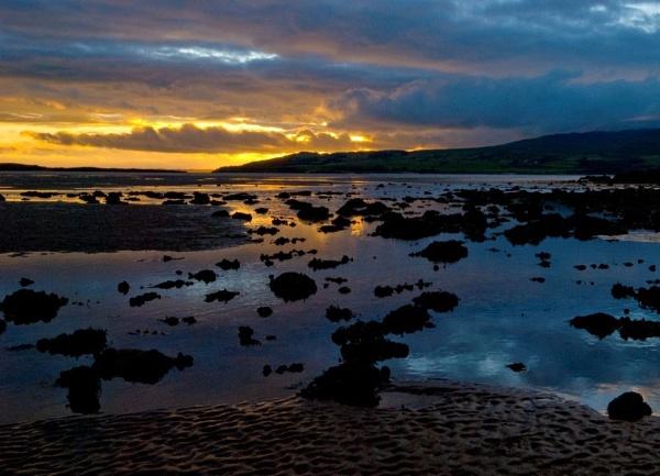 low tide by Natzdad