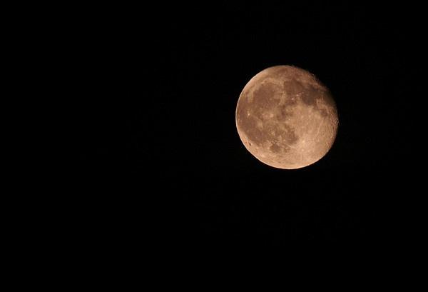 Moon #2 by kevtrucker