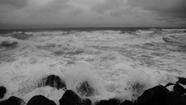 The Dark sea by sam2awsome