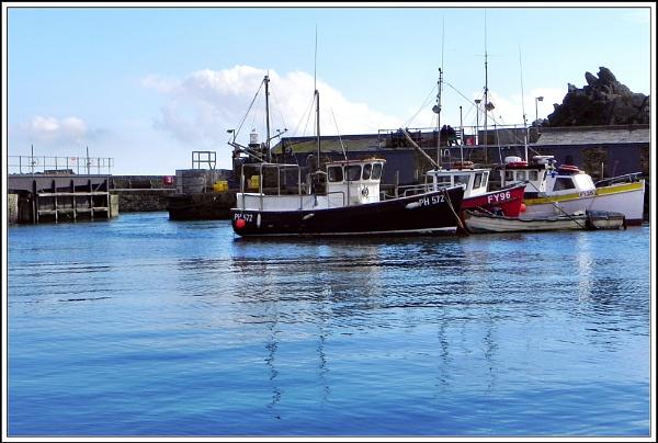 Polperro Harbour V111 by rpba18205