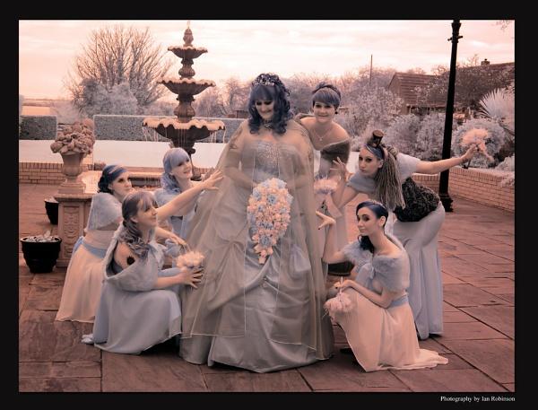 Vampire girls by ianrobinson