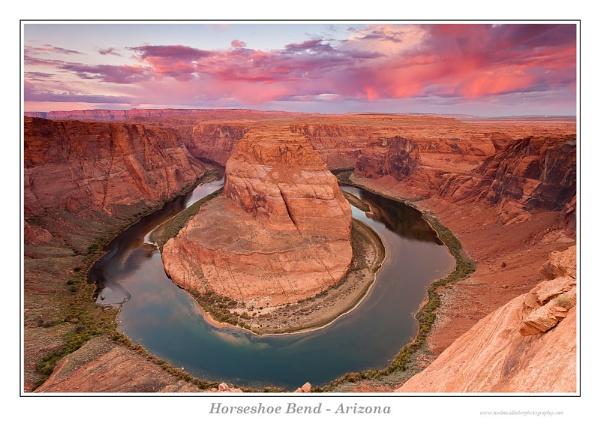 Horseshoe Bend by Weirdfish695