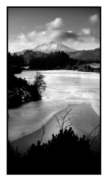 Moel Siabod fron Llyn Glangors Lake by mookey