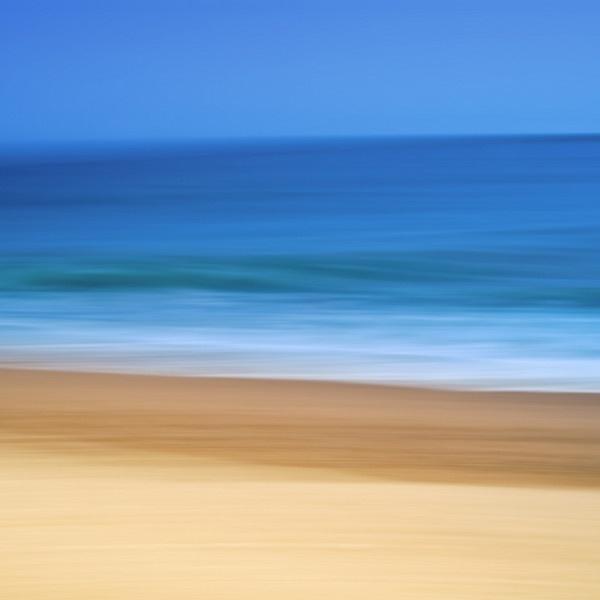 sand, sea and sky by dazloz
