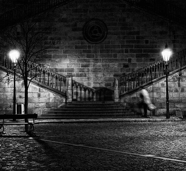 Entering the Charles Bridge, Prague. by bjarte