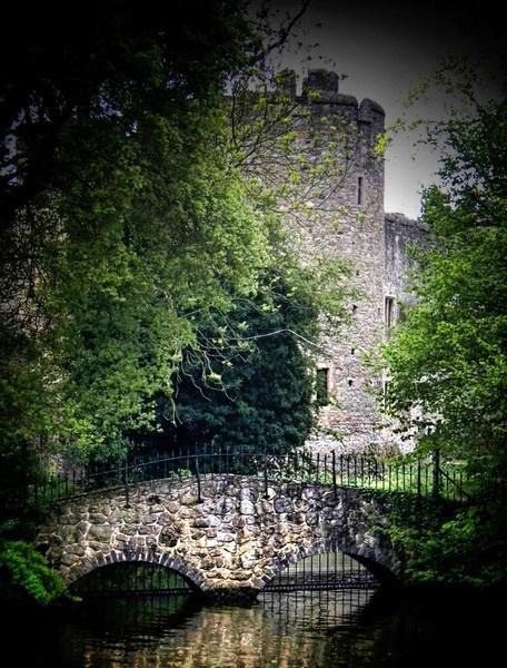 Allington Castle by jujupops