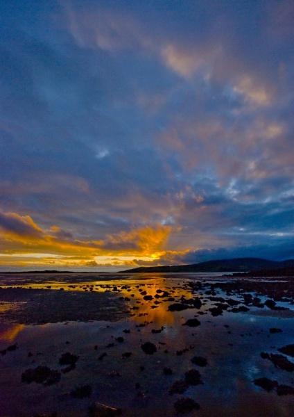 sun sky and sea by Natzdad