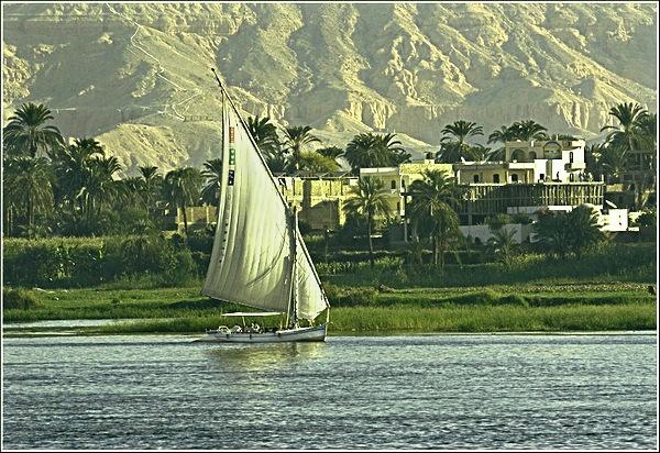 Feluca on The Nile by Paulbee