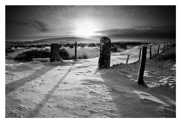 Winter Gate by petejeff