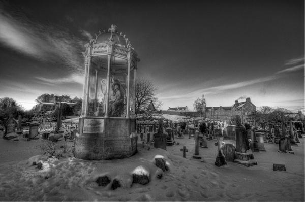 HDR Stirling Graveyard by sandyd