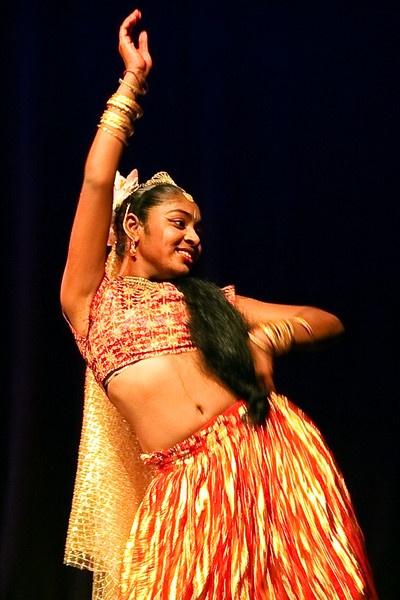 Indian Dancer by darrylhp