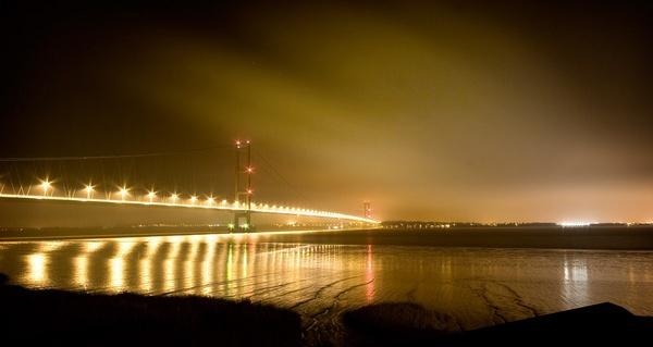 Humber Bridge (3) by WilliamRoar