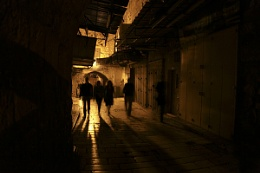 Night in the alleys of Jerusalem