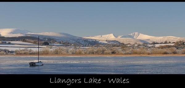 Llangors Lake-Wales by maroondah