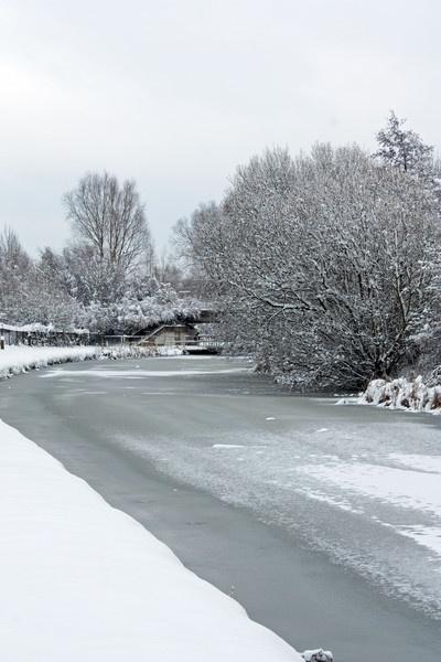 Frozen Canal by billcoa