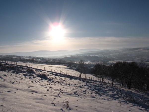 Snow climb by geraldinediver