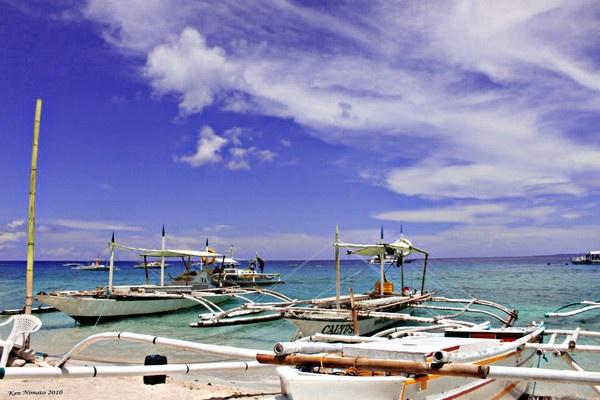 Apo Island,  Philippines by kenmanyak