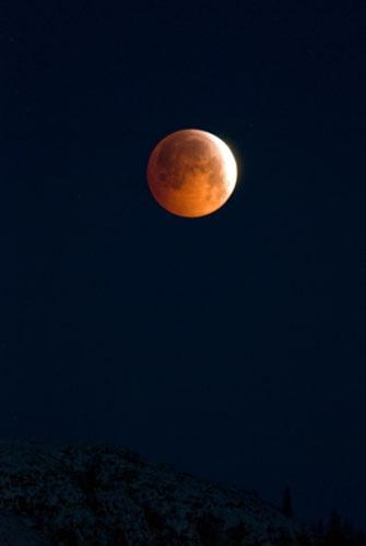 Lunar eclipse by hilly1