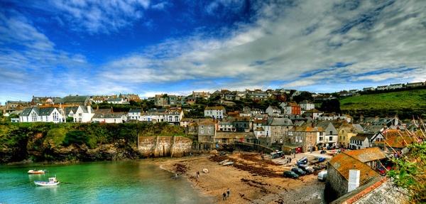 Port Isaac, Cornwall by paulraymondphotography