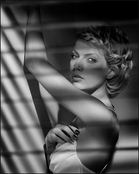 Beautiful shadows by aliphoto