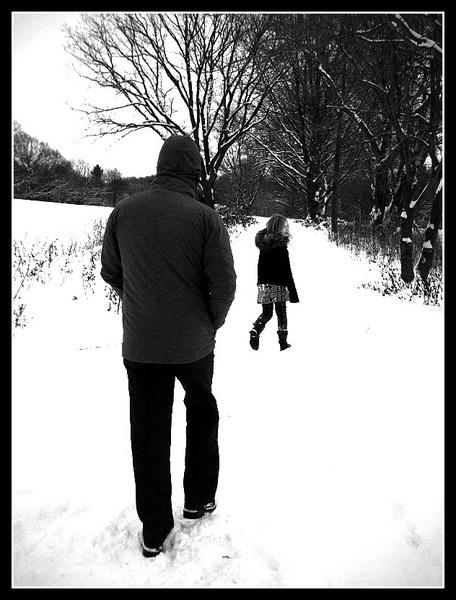2010-12-23 winter walk by nellabella