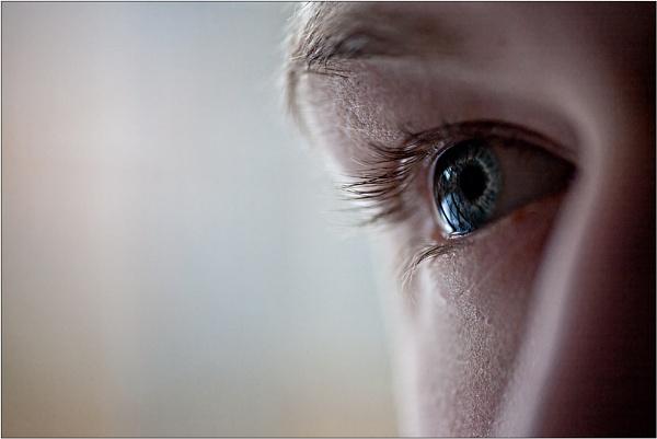 Eye of Blue by BigCol