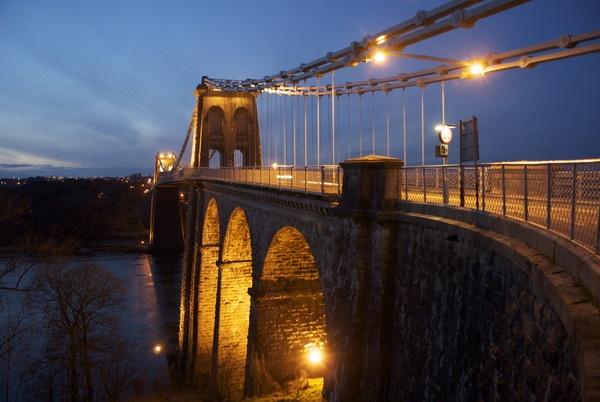 Menai Bridge by DilysT