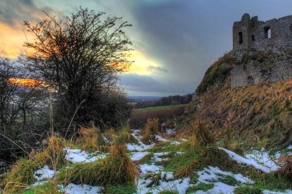 Dunamasie Castle by Beladd