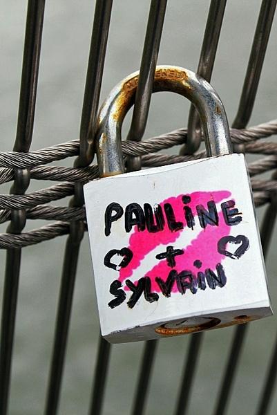 Love-locked by Pontepineapple