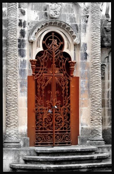 Chapel door by dusfim